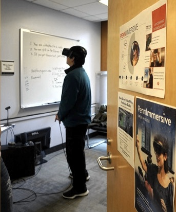 Student using Oculus